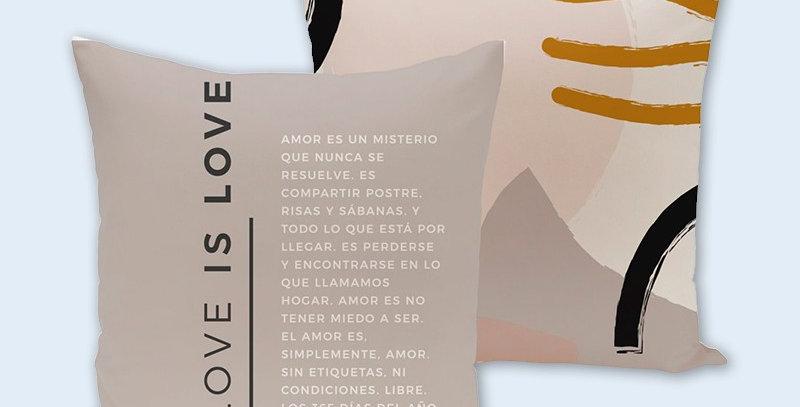"Funda cojín ""Love is love"""