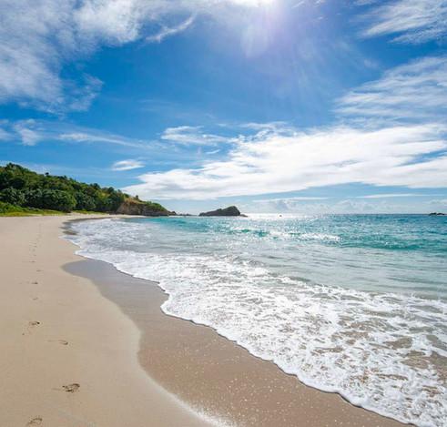 Beach%20Houses%20Antigua%20ebrochure-com