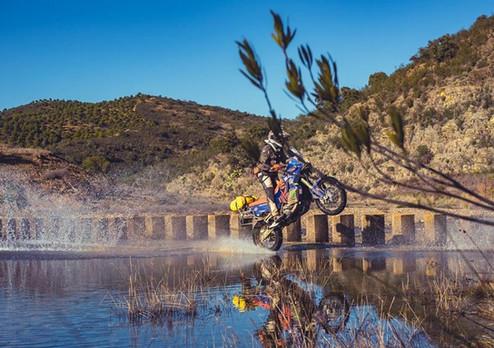 0066_Moto_Trails.jpg