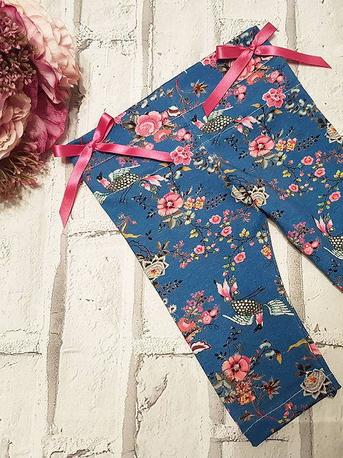 Blue denim look, with birds and floral print leggings