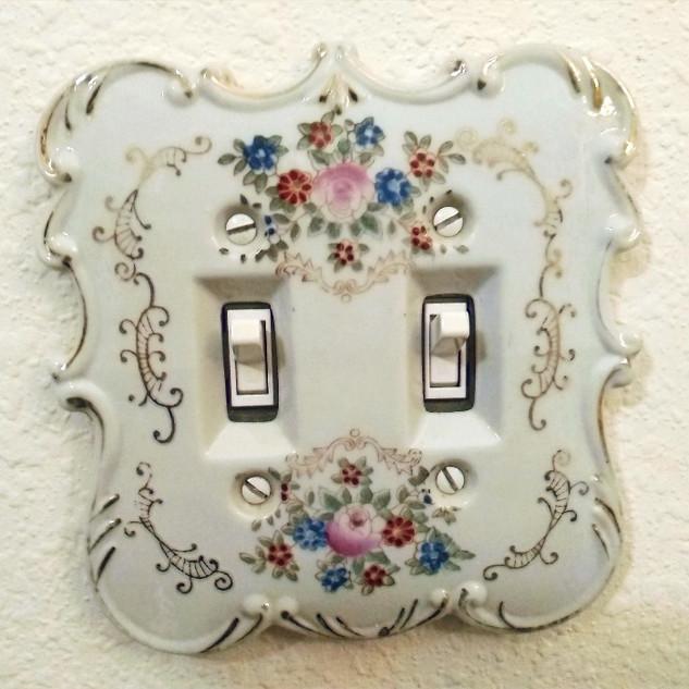 Mid-Century Switchplate