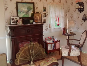 Sitting room wartime 1940s