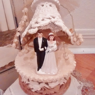 Wedding Cake Topper - Sugar bottom