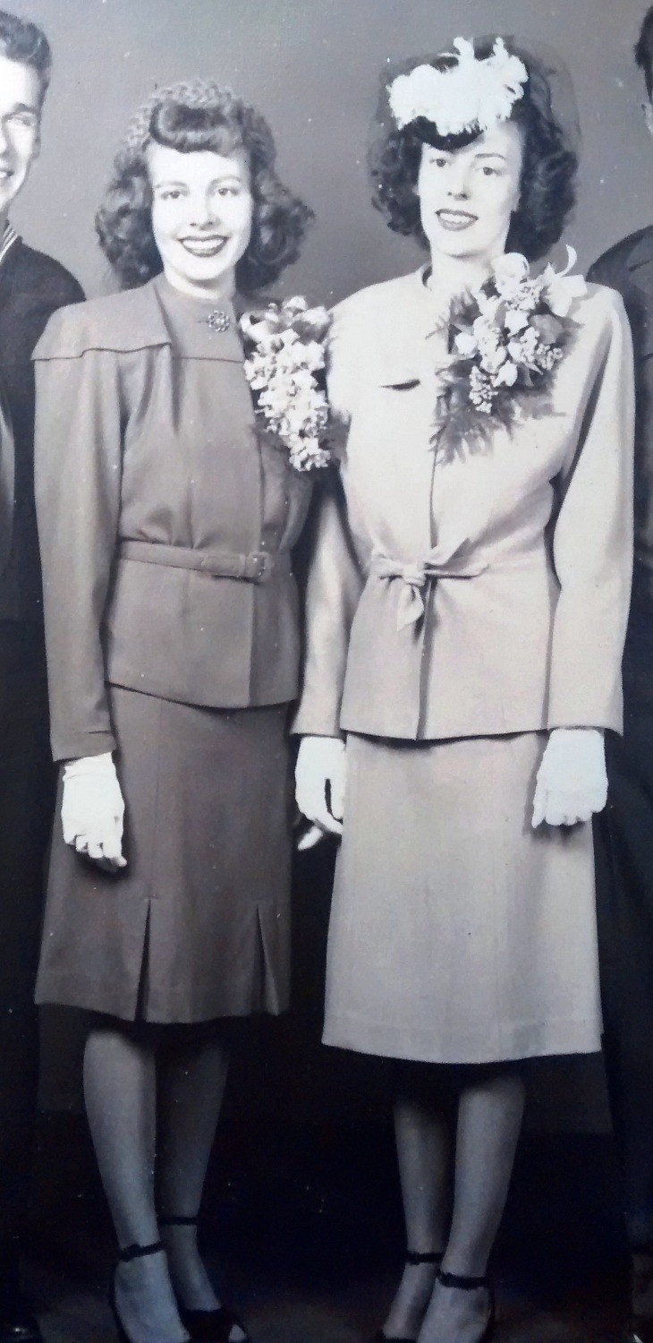 Margorie (L) with her sister (R)