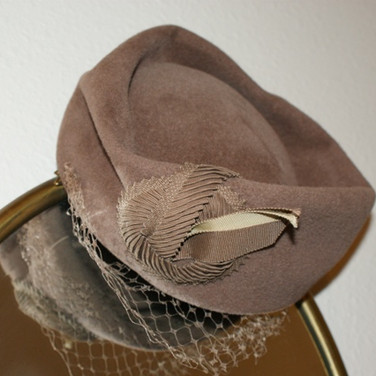 Stylish Felt Pillbox Hat