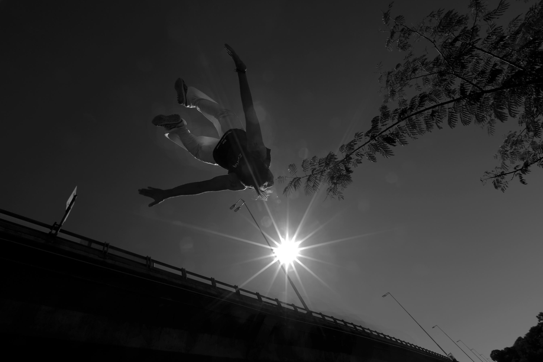 Salto al sol.jpg