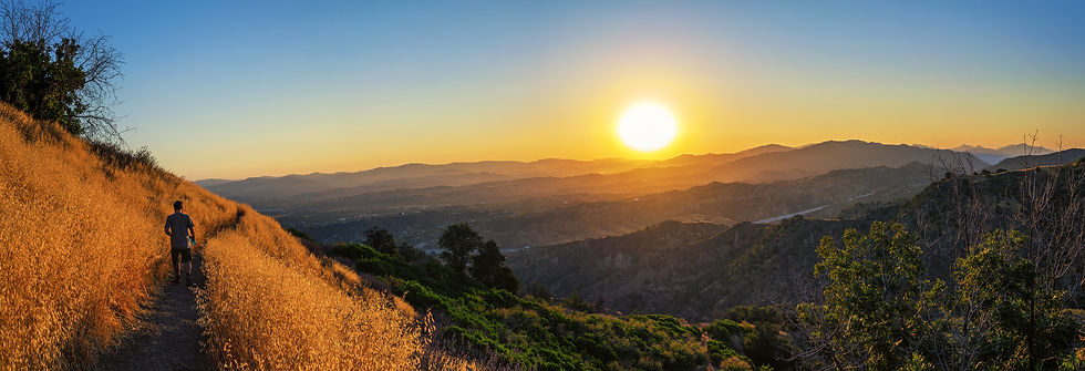 Sunrise in Towsley Canyon / Jeff Turner
