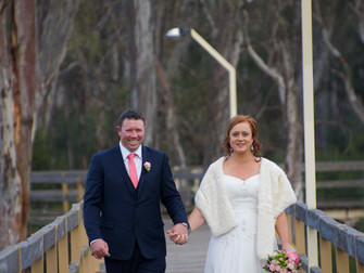 Hannah & Ty's beautiful wedding Echuca Moama