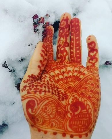 Natural henna artist Oxford
