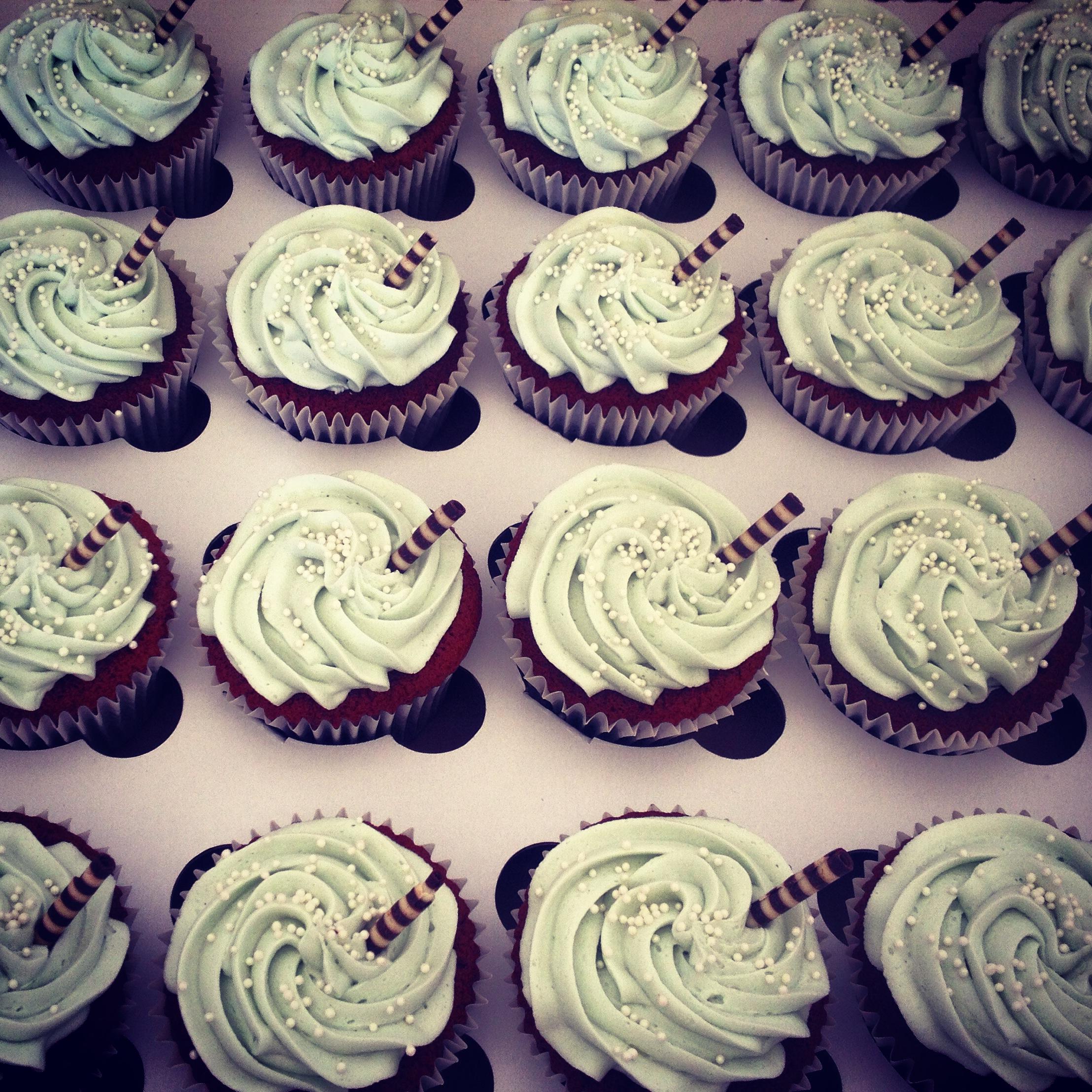 Chocolate Straw Cupcakes