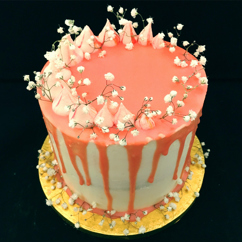Gypsophila Drip Cake
