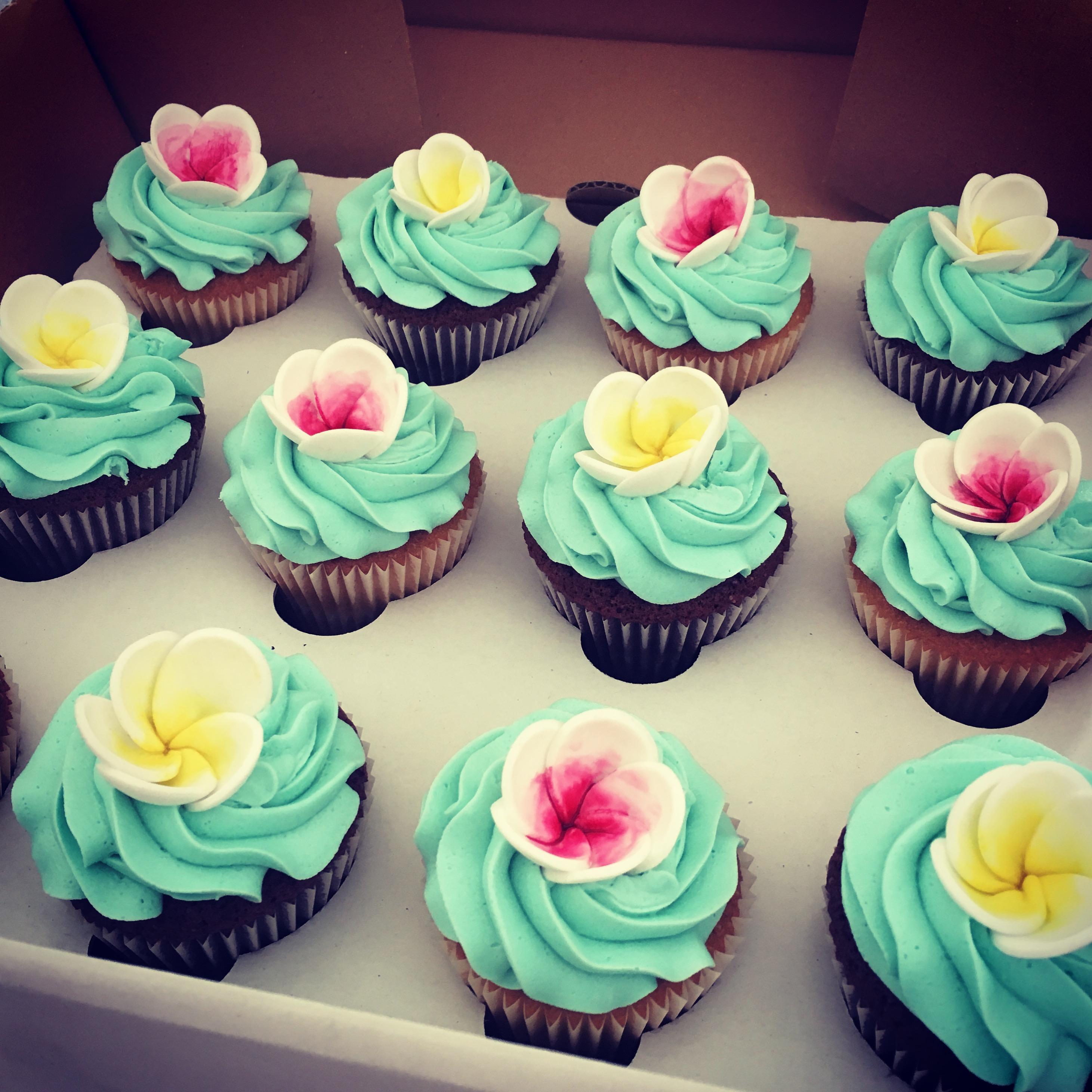 Frangipani Cupcakes