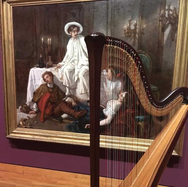 Caroline Leonardelli's harp at National Gallery waiting for show.