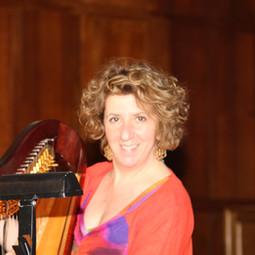 Caroline Leonardelli at Impressions de France recording release concert.