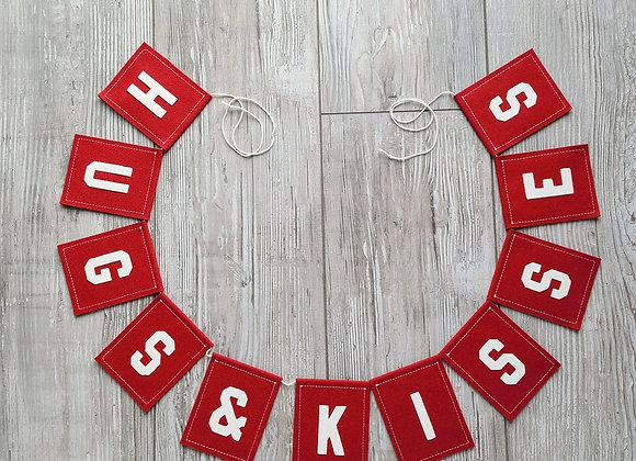 HUGS & KISSES Bunting