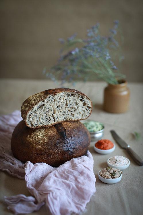 Chleb z miso i sezamem
