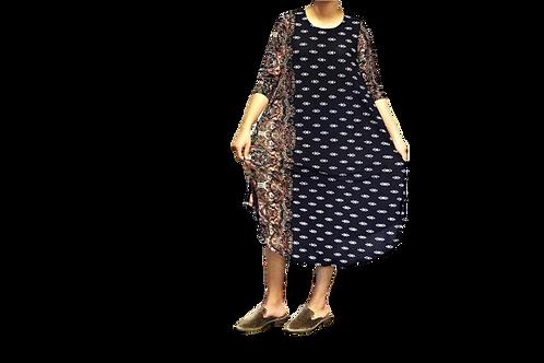 Eileen in Pretty Navy Boarder Print