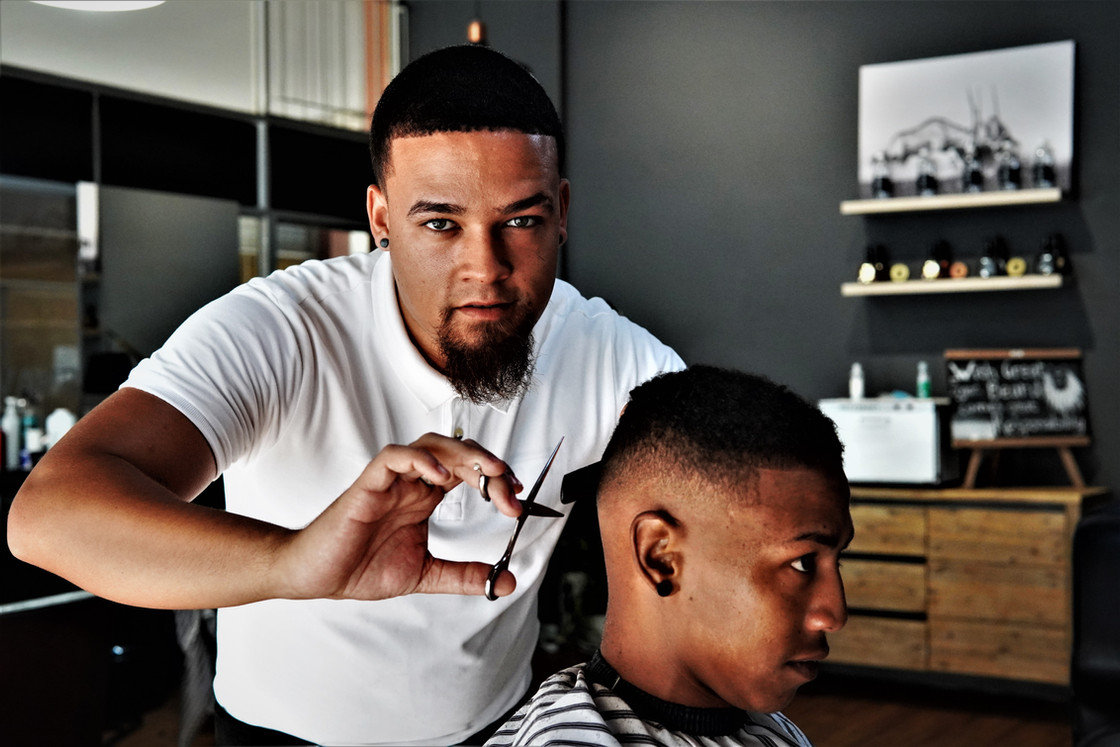 Zaan the Barber