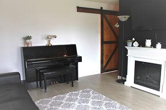 454 McMeans livingroom 3.jpg