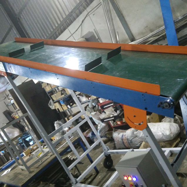 Flat Belt Conveyor.jpg