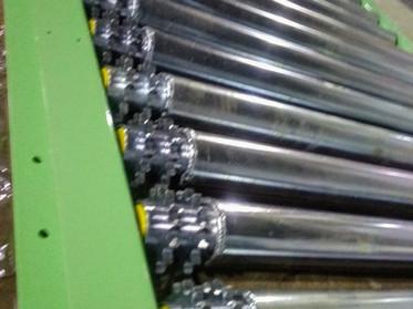 Sprocket Powered Roller Conveyor