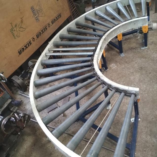 CURVE Roller Conveyor.jpg