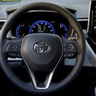 2019-toyota-corolla-hatch-starts-from-un