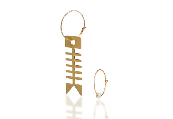 Fishbone Earrings With Cultured Pearl