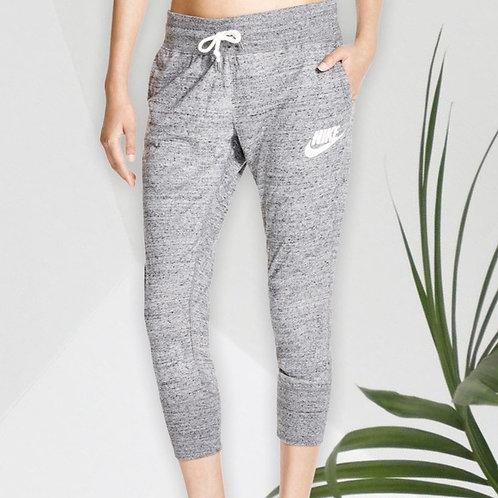 NIKE Women's Grey Lounge Cropped Sweatpants (M)