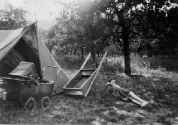 « Et Verger Dans C'était Des Petits 1930 Quenardel Années Pour Antoine S'évader Source Camping » Se Un Reposer Ressourcer Jardin Jardins qRXRpwC
