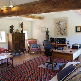Rustic, relaxing upper storey of Provence escape, La Jassine, in the Luberon