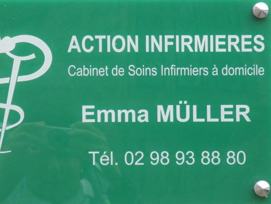 plaque au cabinet de La Feuillée