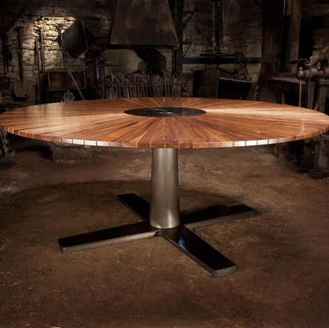 1821 Custom Table
