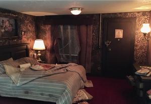 Kevin D'Alenti Seedy Motel in Miniature