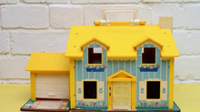 Classic Dollhouse Inspires a Generation