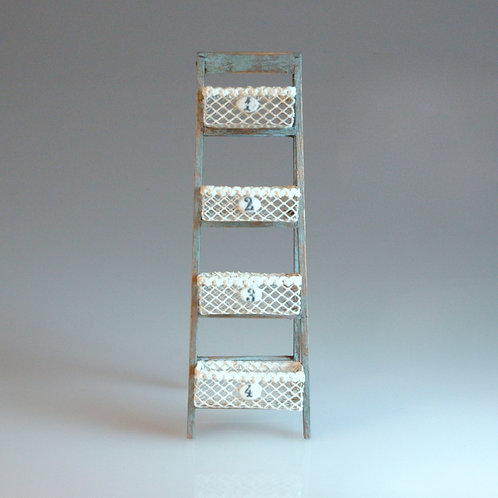 Artisan Basket Ladder