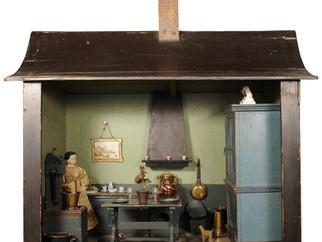 Vintage Roombox in Miniature