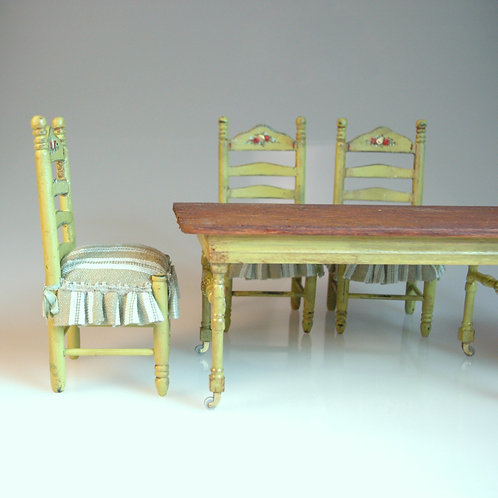 Maritza Moran Handpainted Dining Set with 4 Chairs