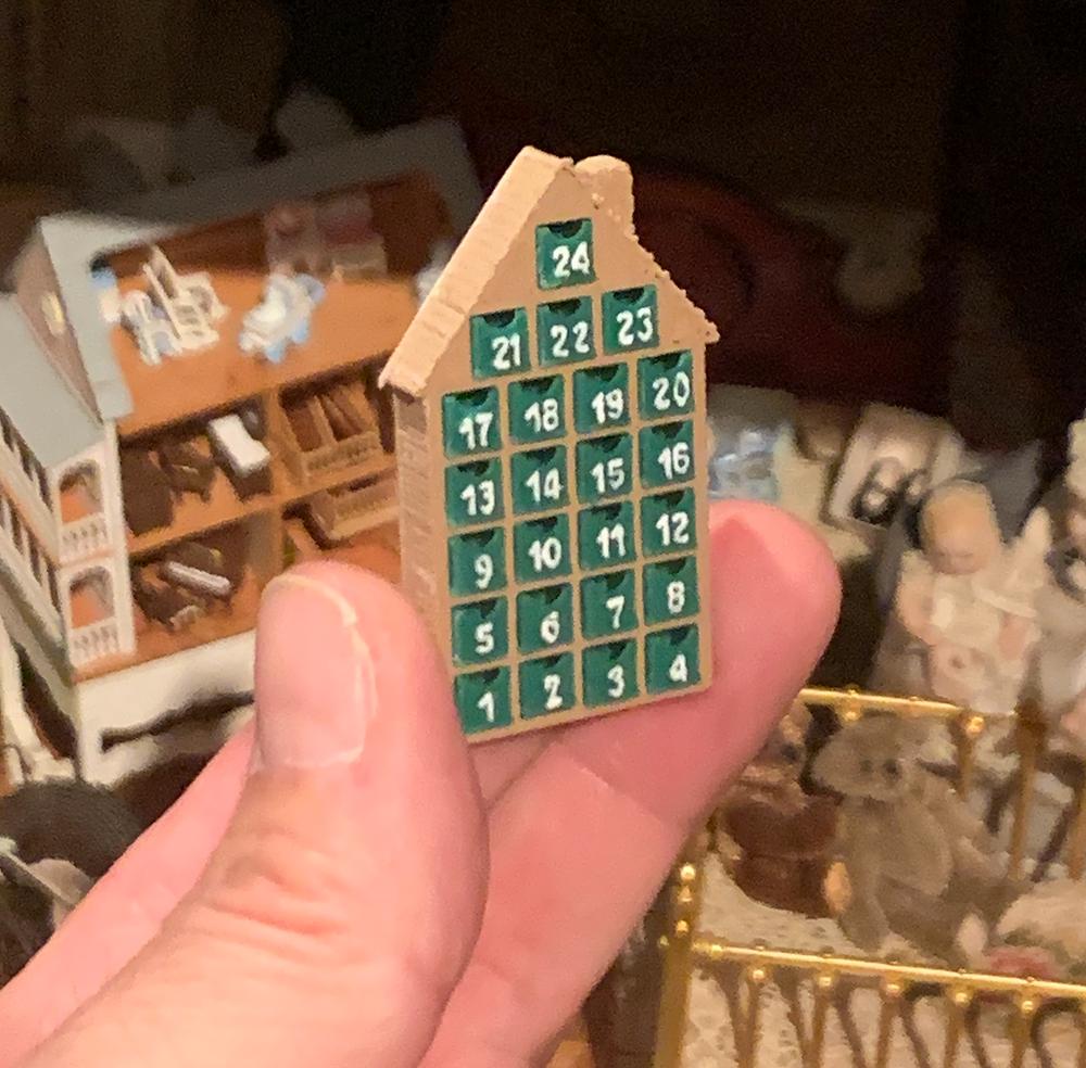 Amanda Kelly Panda Miniatures