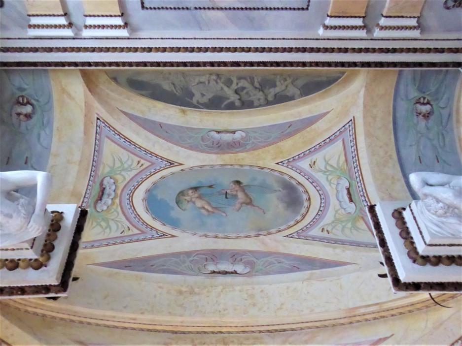 Marmor Palais 3.jpg