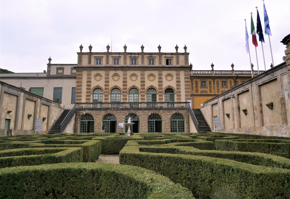 Villa Salvati 7.jpg