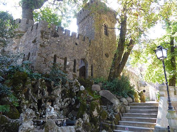 Quinta-da-Regaleira-1-600.jpg