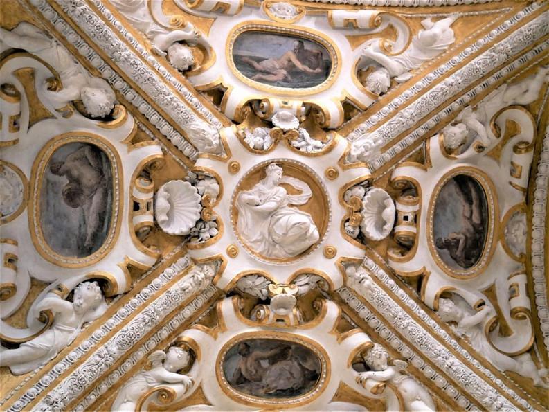 ceiling frescoes.jpg