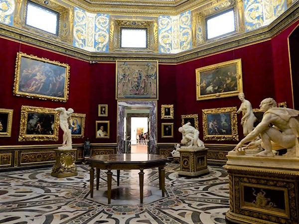 Uffizii-Gallery-2-600.jpg