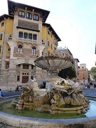 Rome-Ten-Fountains-12-450.jpg