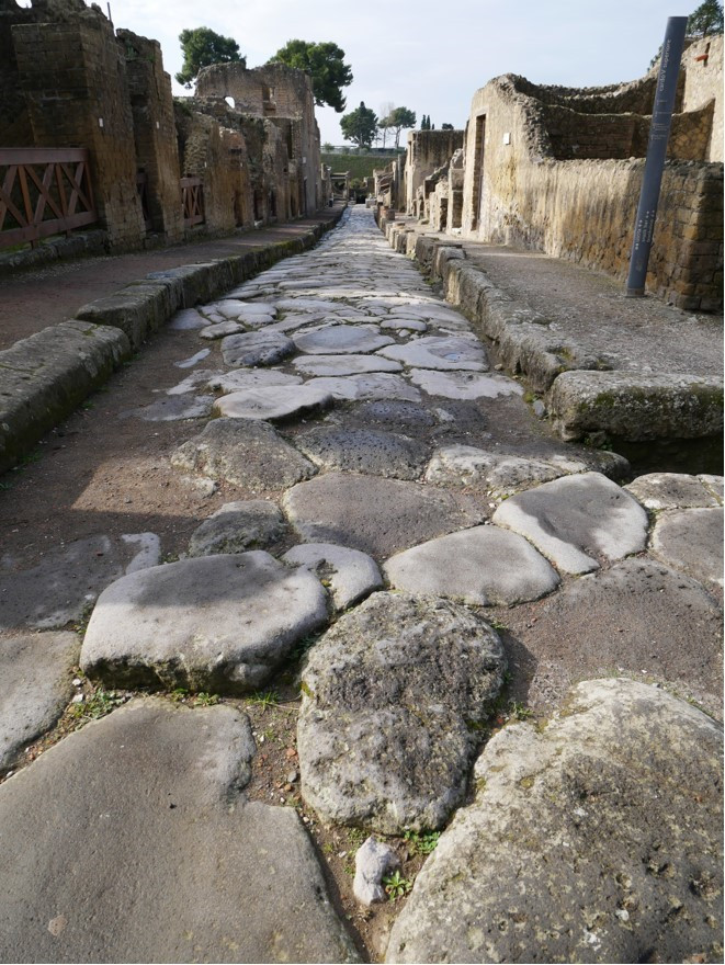 Herculaneum 2.jpg