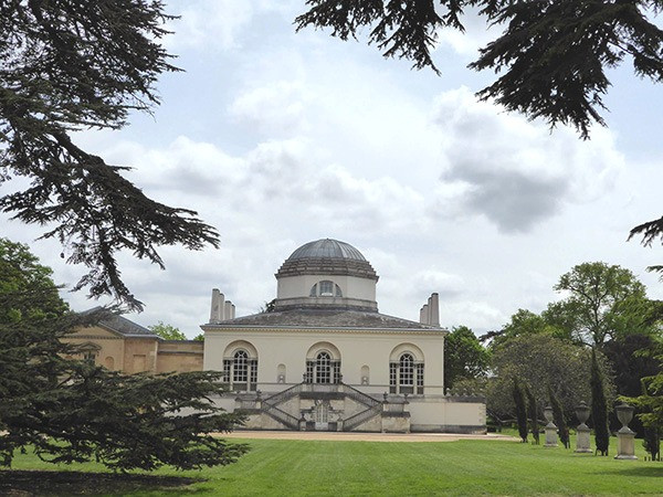 Chiswick-House-2-600_edited.jpg