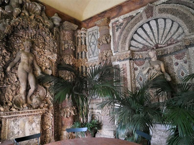 Villa La Pietra 5.jpg