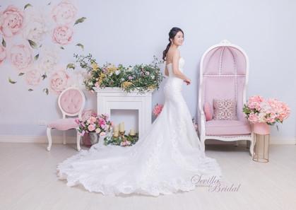 Sevilla Bridal 室內婚紗攝影12.jpg