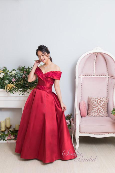 日式紅色一字肩緞布晚裝